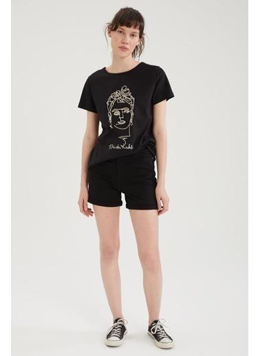 DeFacto Bisiklet Yaka Kadın Figür Baskılı T-shirt Siyah